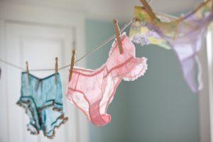 6f0e20303 E com as roupas íntimas  Quais são os cuidados que devemos tomar  Cuidas  das lingeries da forma correta ...